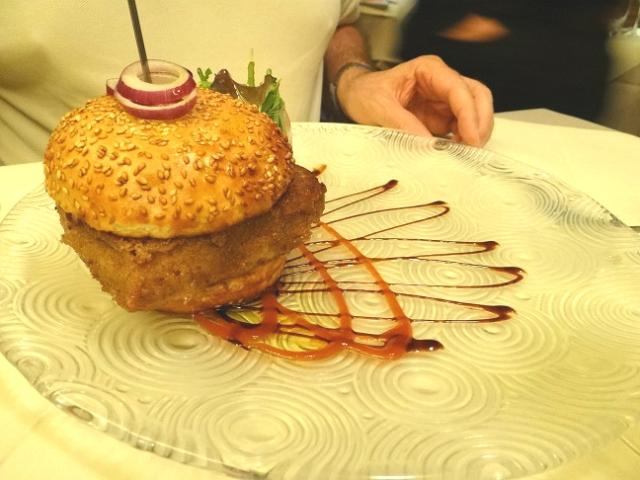 Muensterstuewel - burger pied de cochon