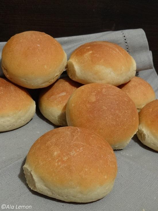 bread rolls 4